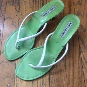 manolo blahnik lime green leather kitten heel